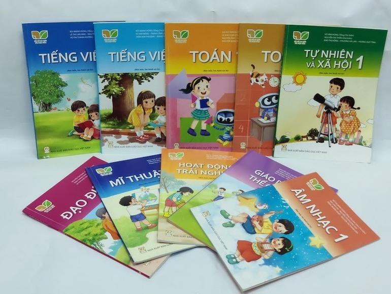 Cẩn trọng khi lựa chọn sách tiếng Việt khác