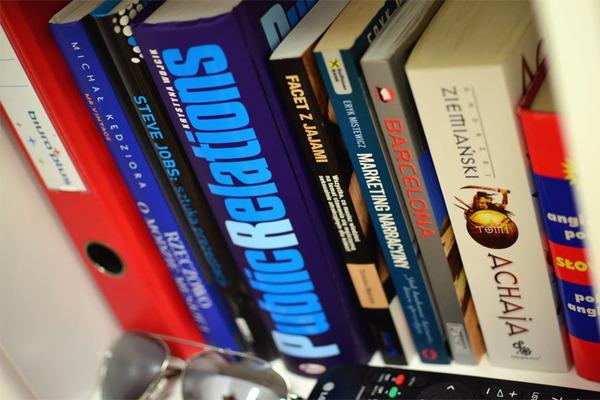 Sách văn học nước ngoài khác biệt về phong cách
