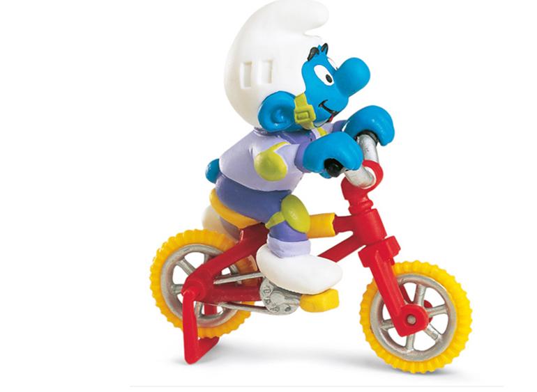 Mô hình Xì trum đi xe đạp Schleich