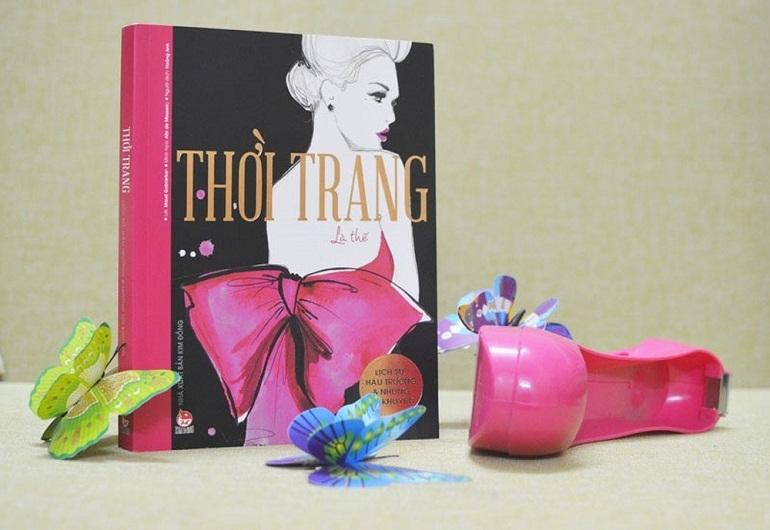 Sách thời trang là sách về lĩnh vực thời trang