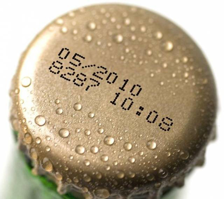 Chú ý đến hạn sử dụng khi mua thực phẩm đồ uống