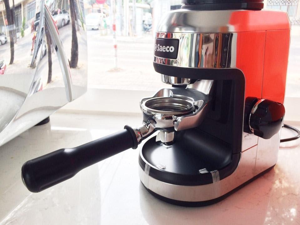 Máy pha cà phê - xay cà phê là gì?