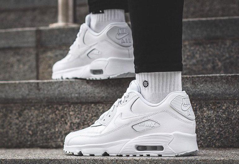 Giày thể thao nữ Nike Air Max 90 All White
