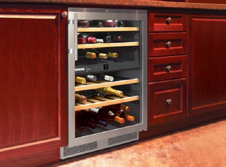 Tủ rượu đứng độc lập loại mini