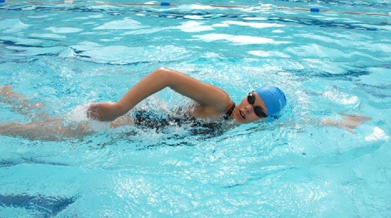 Bơi lội đem lại nhiều lợi ích cho người chơi