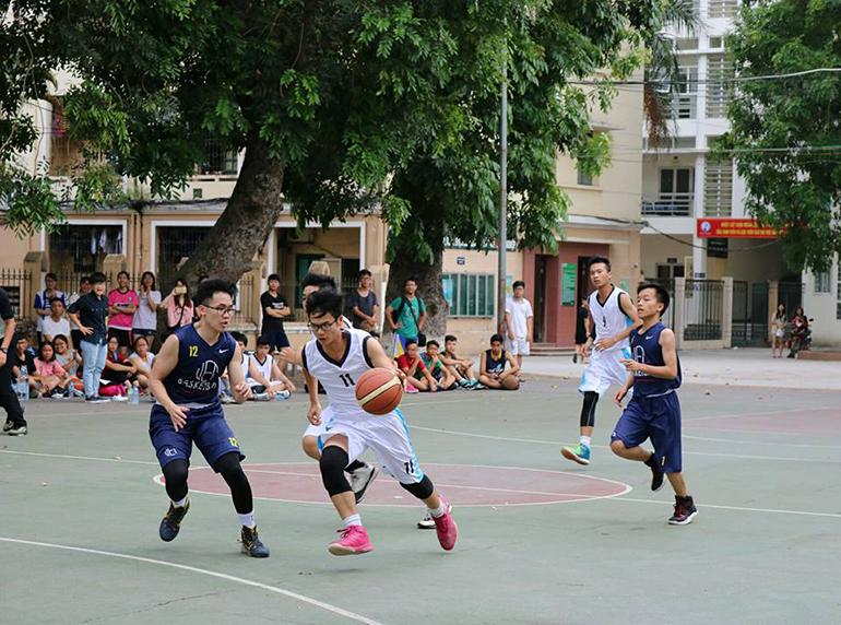 Chơi bóng rổ giúp tăng chiều cao hiệu quả