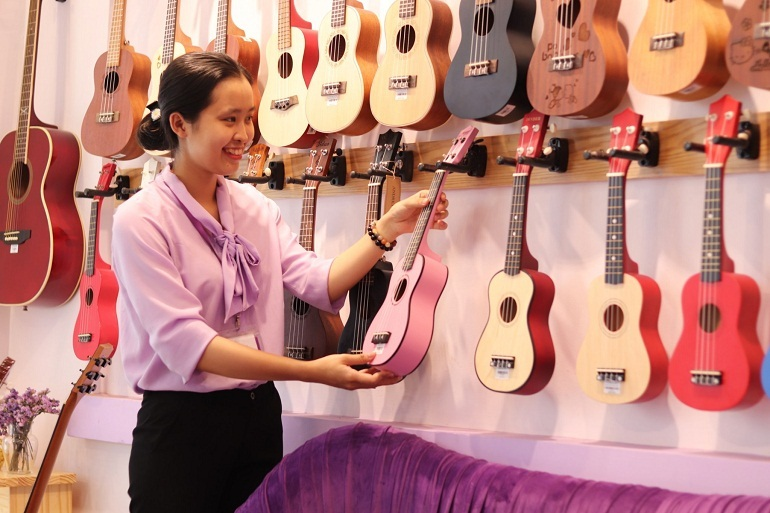 Nên tìm đến các cửa hàng chuyên bán nhạc cụ uy tín khi có nhu cầu mua nhạc cụ