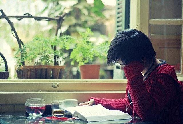 Chọn truyện ngắn - tản văn theo cách tiếp cận của từng cây viết