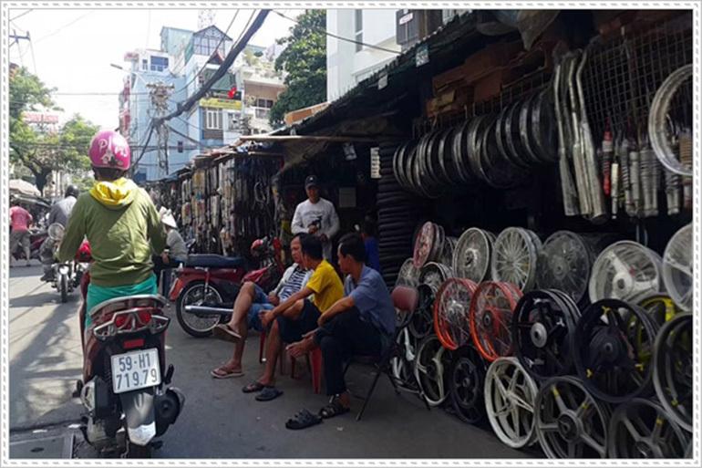 phụ tùng xe máy