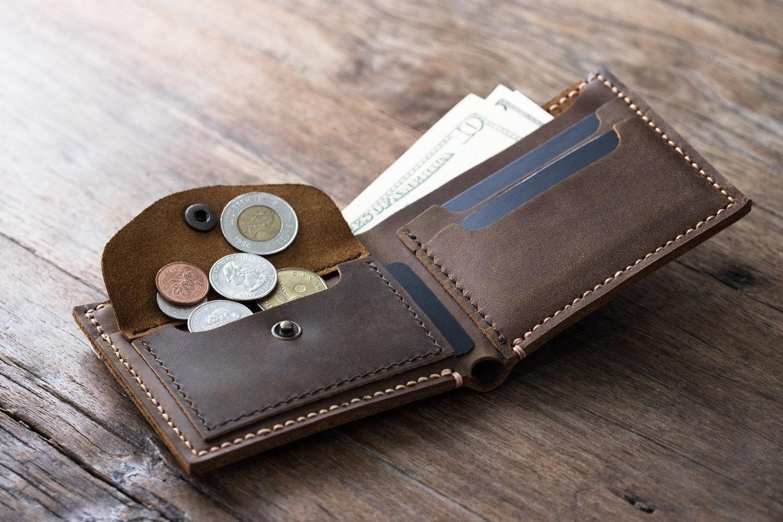 Chọn ví nam qua thiết kế, kiểu dáng như thế nào?