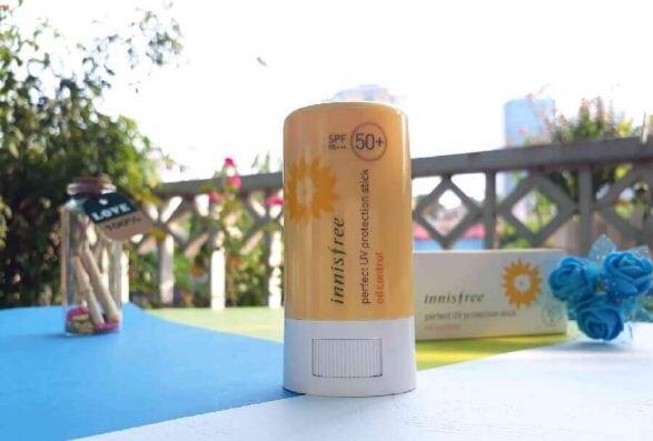 Innisfree Perfect UV Protection Stick - Giá tham khảo 335.000 VNĐ