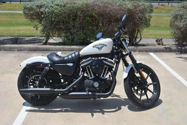 Harley Davidson iron 883 – Mẫu xe phân khối lớn thu hút mọi ánh nhìn