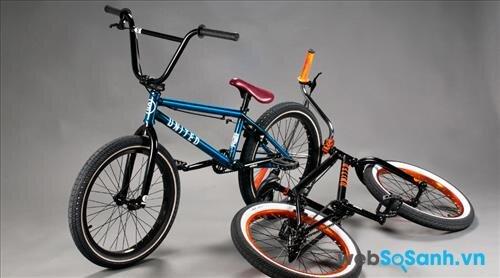 Xe đạp BMX United Supreme