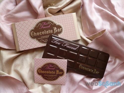Hộp phấn mắt Chocolate Bar Eyeshadow Collection có bao bì cực đáng yêu