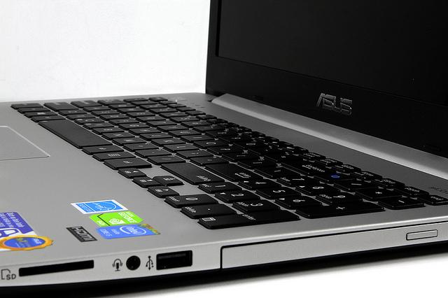 Laptop Asus K551LN