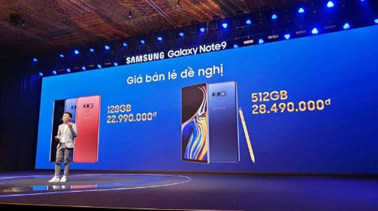 Sau khi nhìn giá iPhone XS Max, tôi quyết định đi mua Galaxy Note9 vì giá Galaxy Note 9512GB 28 triệu vẫn còn rẻ chán
