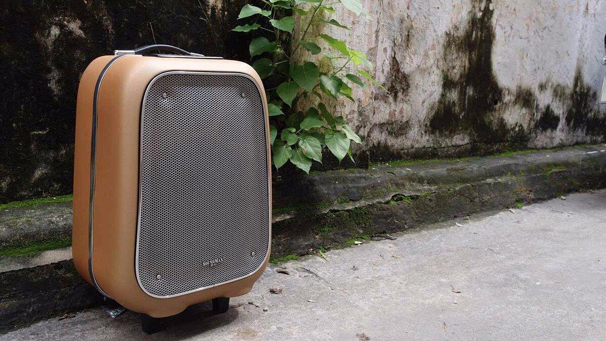 Loa Bluetooth SoundMax M6 có thiết kế vô cùng độc đáo