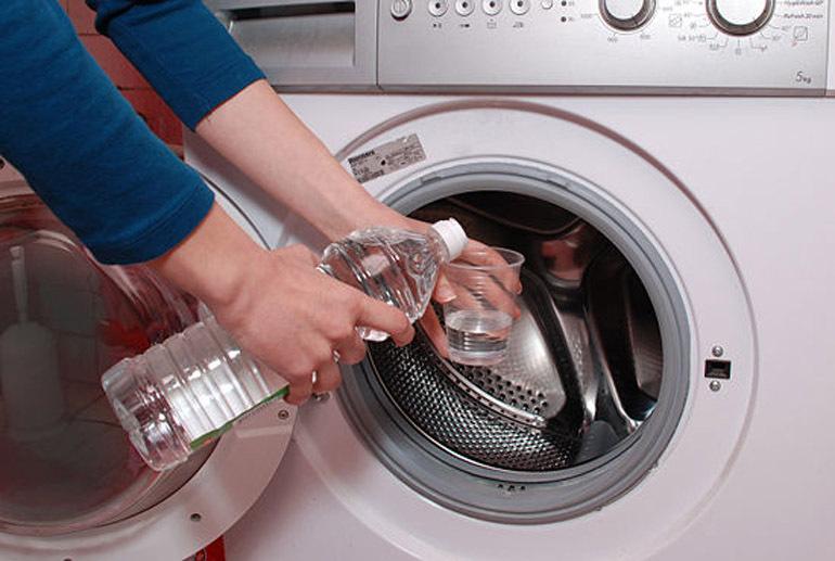 Vệ sinh lồng máy giặt ngang