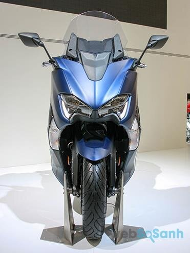 Yamaha TMAX được trang bị túi khí an toàn