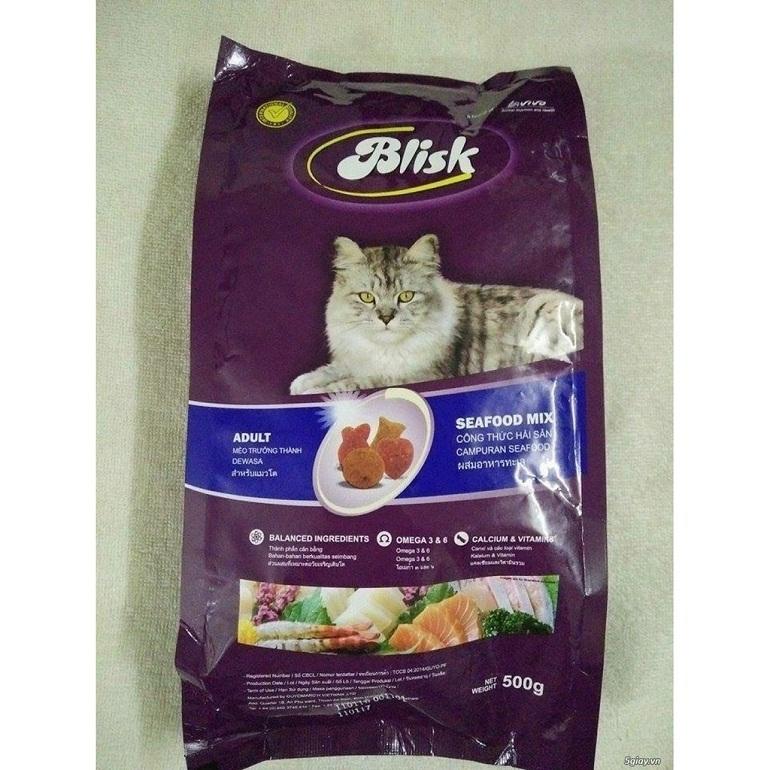 Thức ăn cho mèo Blisk có xuất xứ từ Pháp