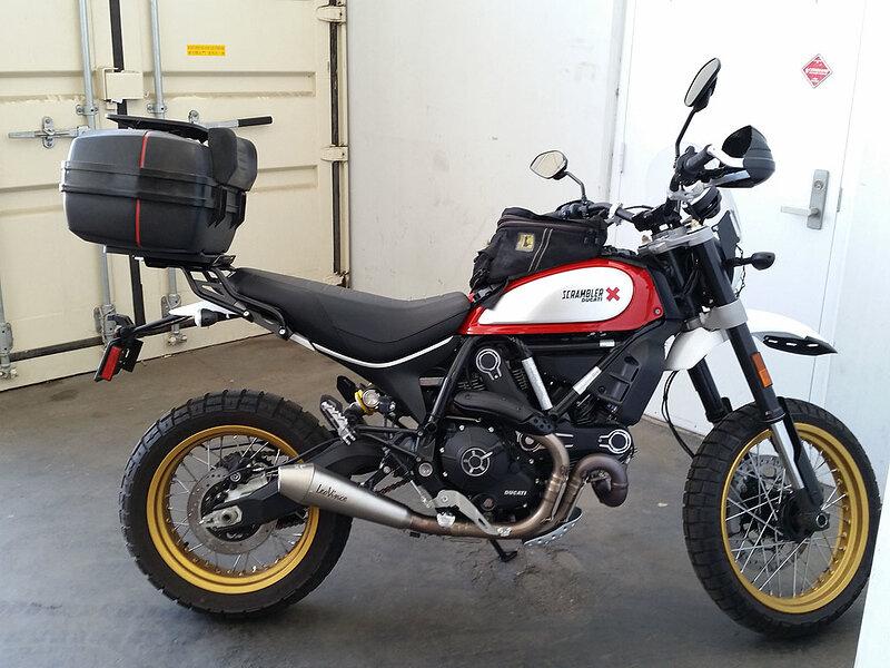 Ở cả hai phiên bản, Ducati Scrambler Desert Sled đều thể hiện được nét cá tính độc đáo