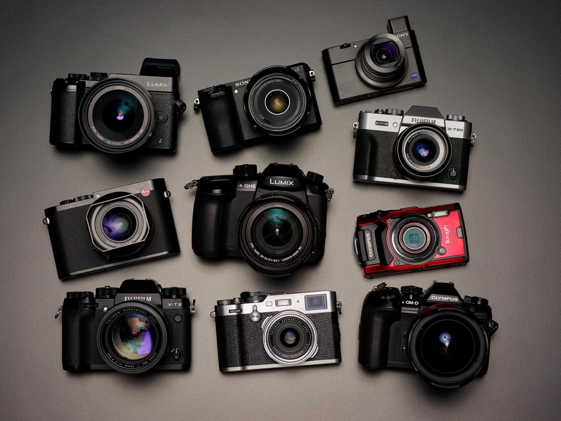 Máy ảnh không gương lật đa dạng kiểu dáng