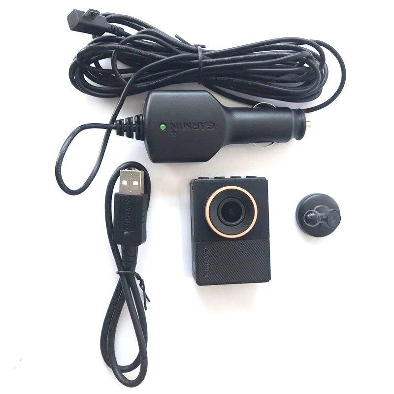 Camera Garmin GDR E560 được thiết kế giống như một chiếc máy ảnh thu nhỏ