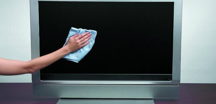 vệ sinh màn hình tivi led