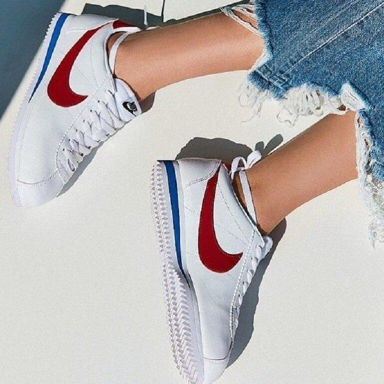 giày thể thao nữ thương hiệu Nike