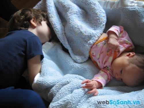 Sử dụng điều hòa đúng cách cho trẻ em để bảo vệ sức khỏe cho bé