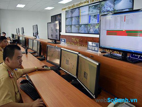 Hà Nội đang thực hiện việc xử phạt thông qua hệ thống camera giám sát trên đường