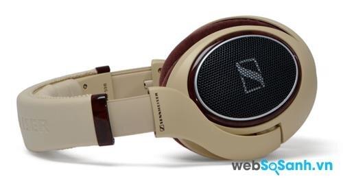 Chiếc tai nghe Sennheiser HD 598