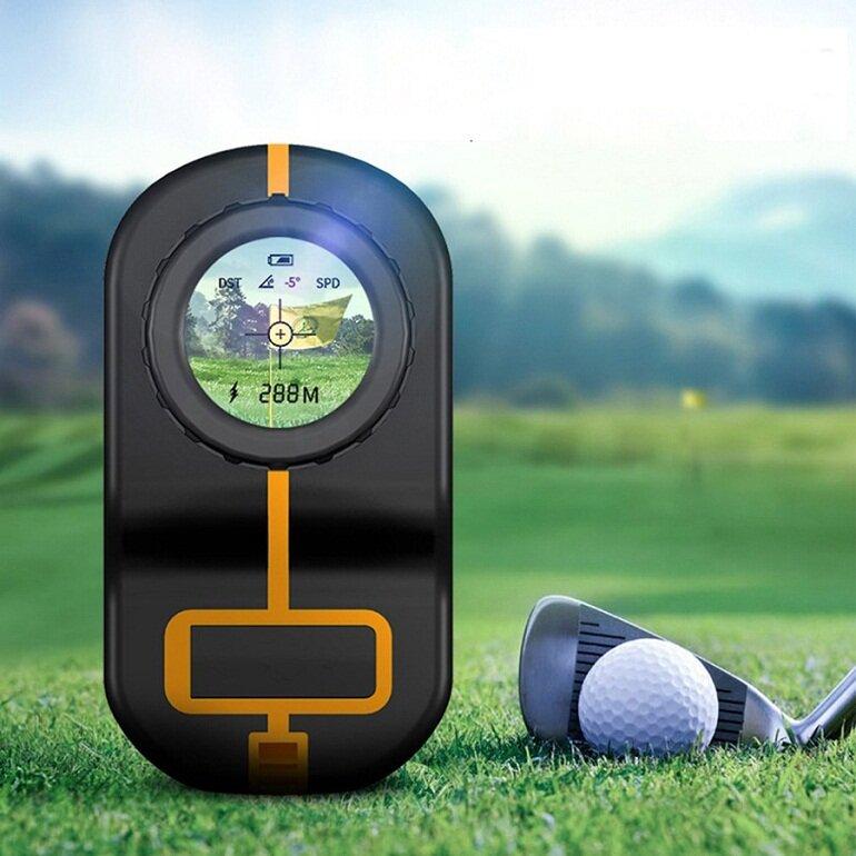 Ống nhòm đo khoảng cách giúp xác định chính xác khoảng cách từ bóng golf tới hố golf là bao nhiêu