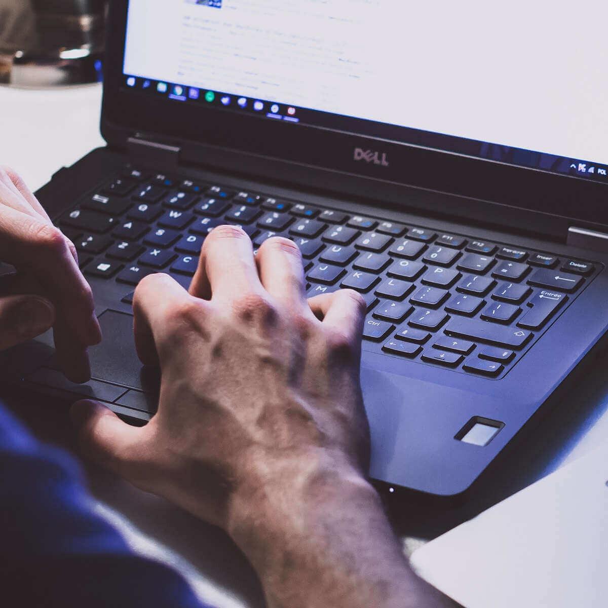 Làm sao để laptop chạy nhanh hơn bằng các phương pháp thủ công