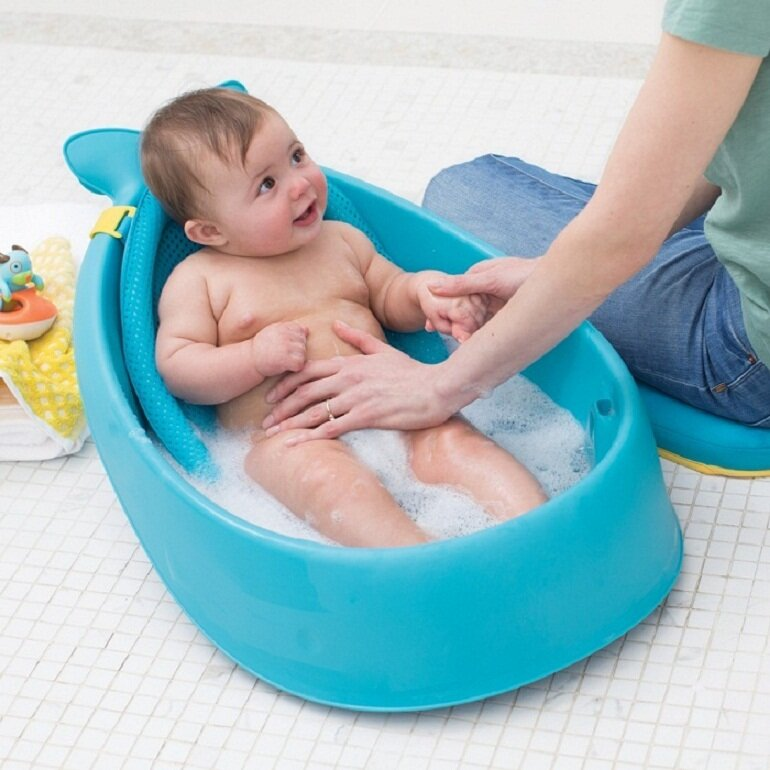 Chậu tắm có kèm lưới cho bé sơ sinh