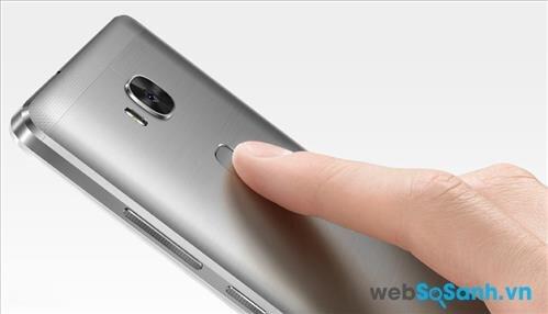 Cảm biến vân tay được đặt ở mặt lưng smartphone Huawei GR5