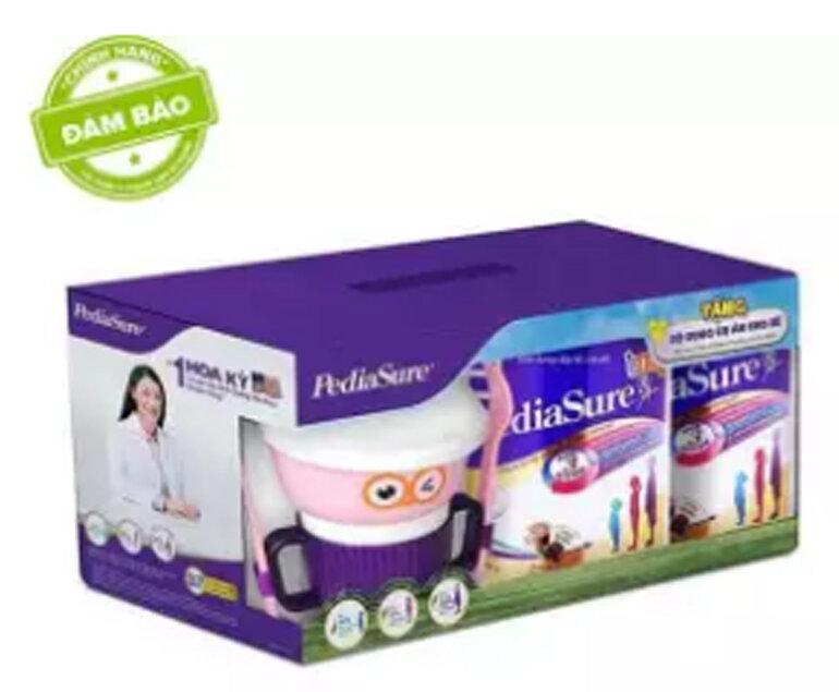 Tặng bộ dụng cụ ăn cho bé trị giá 300.000vnđ khi muaBộ 2 lon sữa bột Pediasure B/A hương chocolate 400g