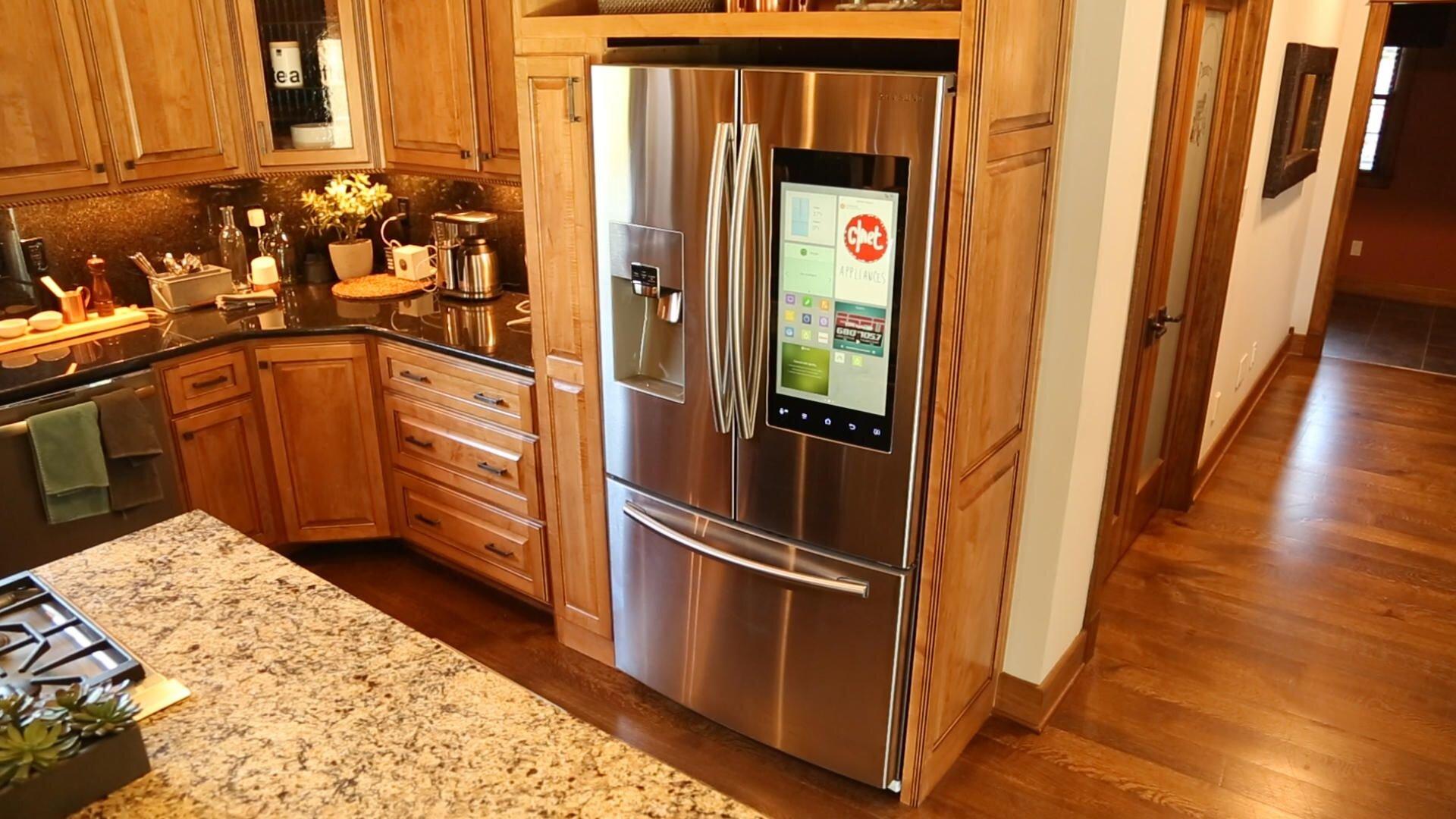 Người dùng chấp nhận mức giá cao hơn với tủ lạnh cao cấp nhập khẩu từ Nhật