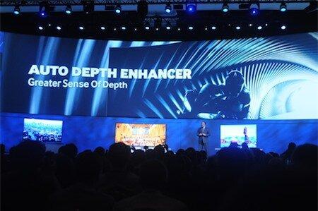 Công nghệ tự động tăng cường độ sâu hình ảnh trên UHD TV mới.