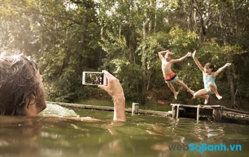 Chụp ảnh khi dưới nước không thành vấn đề với Xperia M4 Aqua
