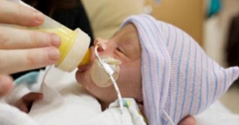 Sữa Similac Neosure nước có tốt không ? Giá similac neosure IQ nước cho trẻ nhẹ cân bao nhiêu ?