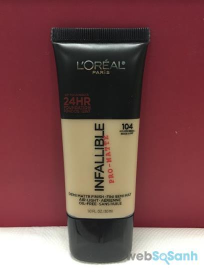 Review L'Oreal Infallible Pro-matte 104 chi tiết mặt trước