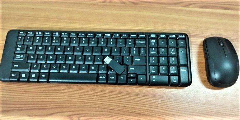 bàn phím không dây