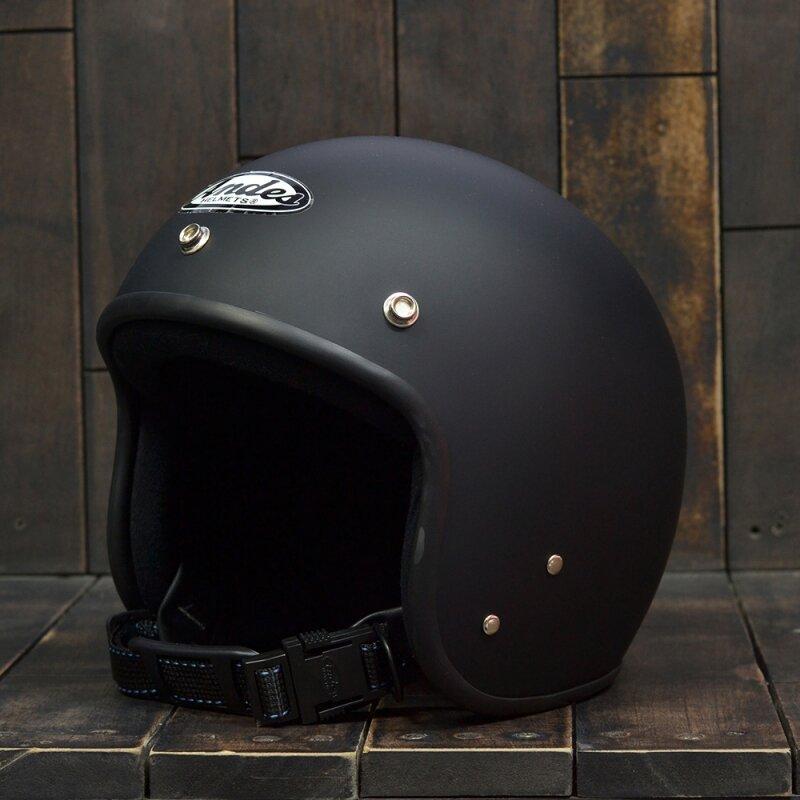 Mũ bảo hiểm Andes sở hữu thiết kế mạnh mẽ và năng động