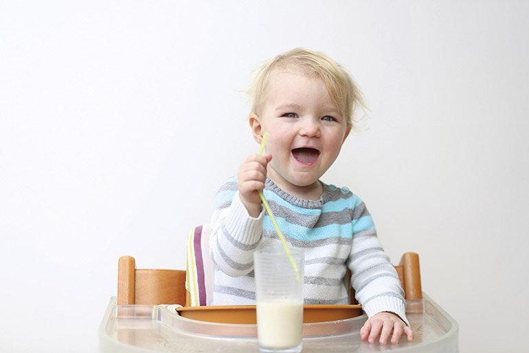 Sữa similac 2 hỗ trợ cho sự phát triển toàn diện của bé (Nguồn: wmama1.r.worldssl.net)