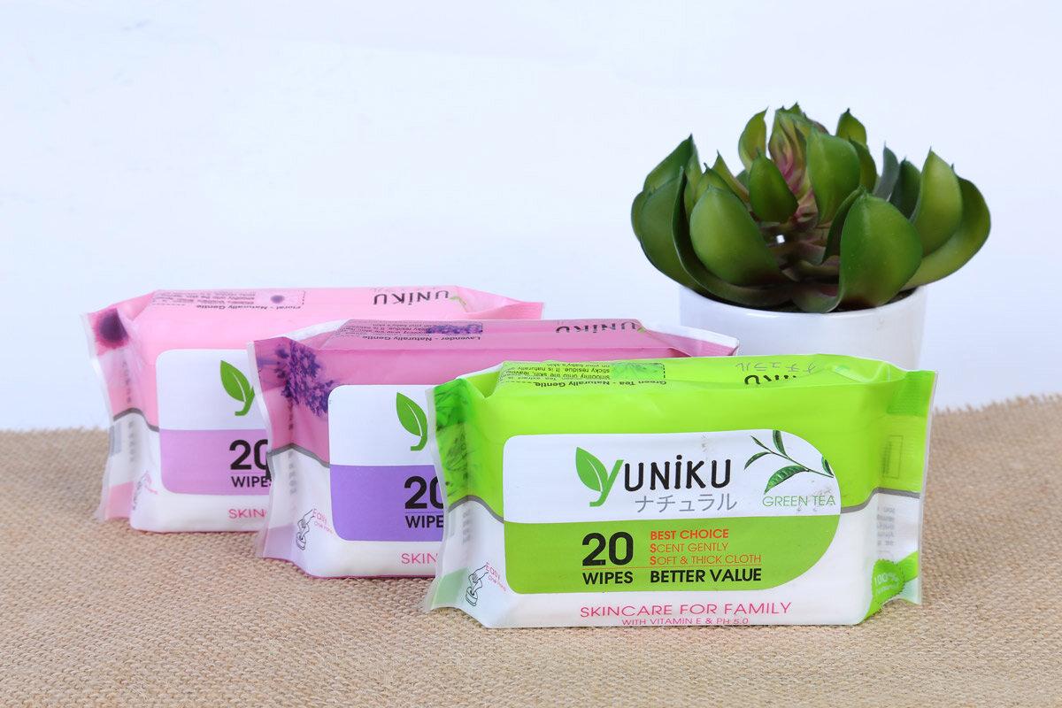 Khăn ướt Yuniku có thành phần 100% tự nhiên