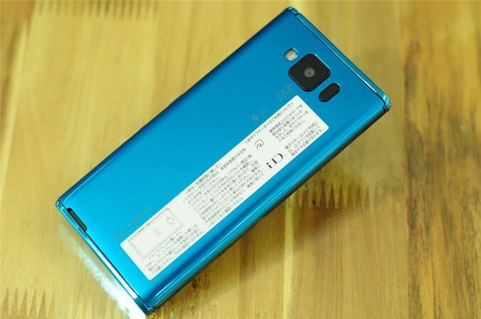 p02e blue (1).