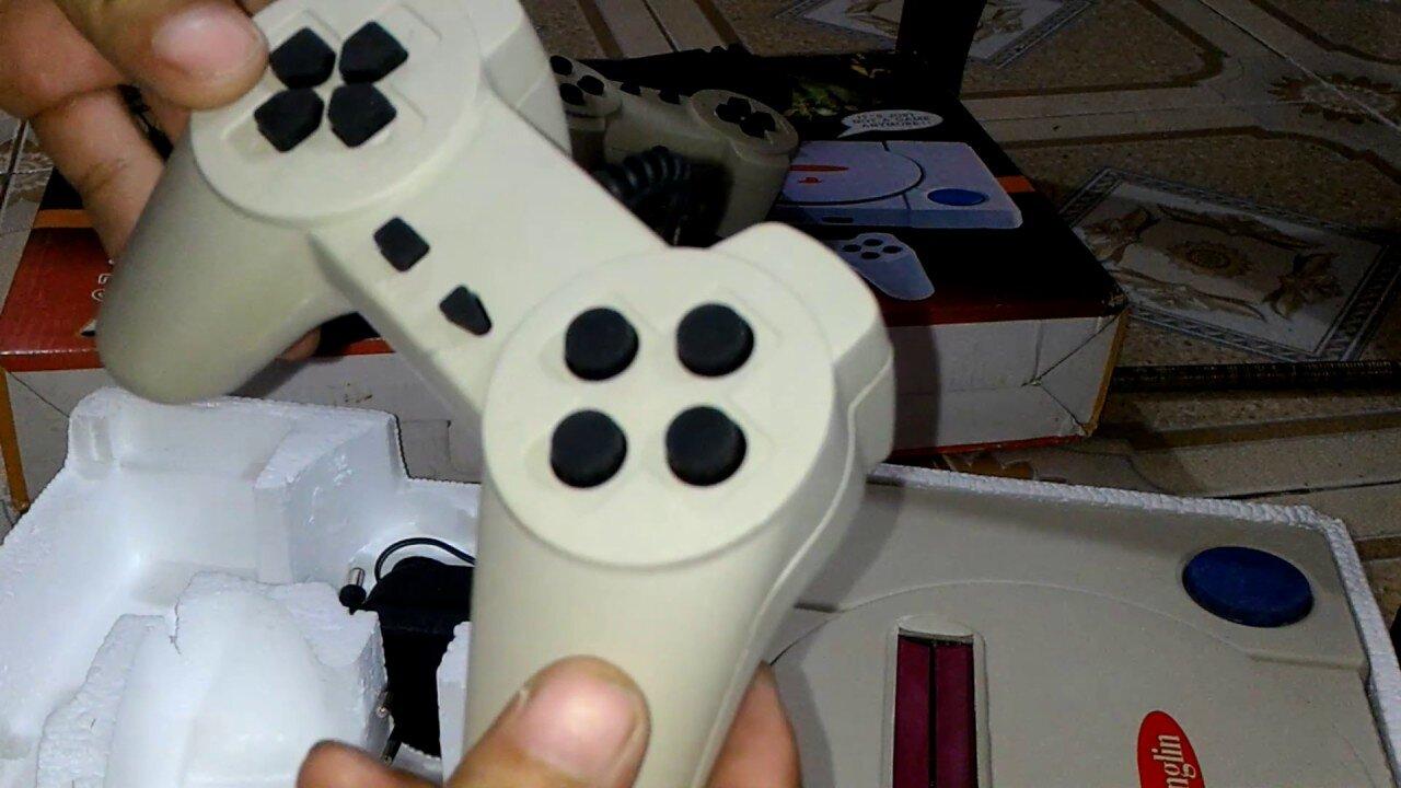 Cỗ máy chơi game băng nhựa 4 nút huyền thoại
