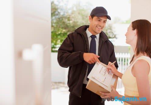 Đối với hàng hóa không tìm được người nhận, người gửi có quyền yêu cầu bồi hoàn