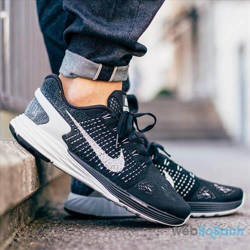 giày chạy bộ Nike LunarGlide 7